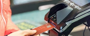 What to know about choosing 'credit' when paying with a debit card