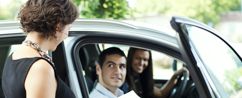 Autocheck Vs Carfax >> Carfax Vs Autocheck Vehicle History Reports Credit Karma