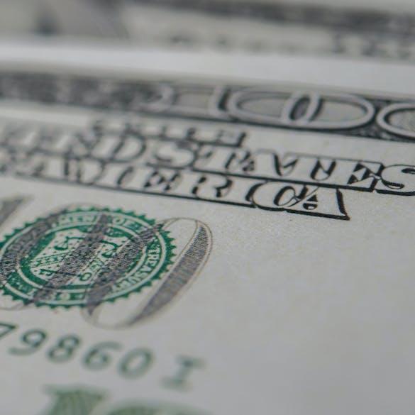 Close-up on 0 bill